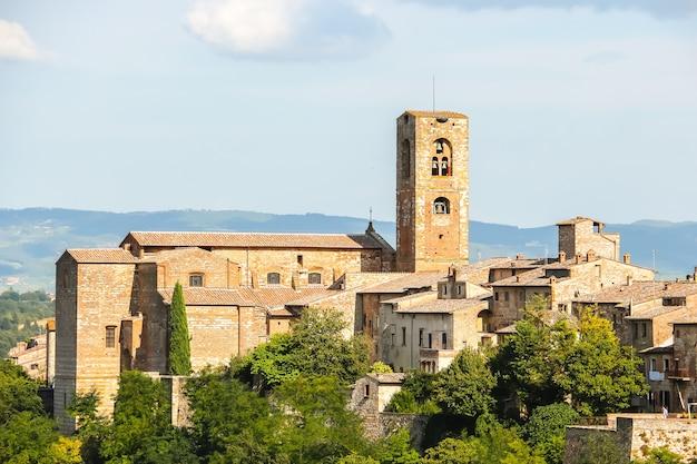 Colle di val d'elsa, italie belle architecture de colle di val d'elsa, petite ville de la province de sienne, toscane