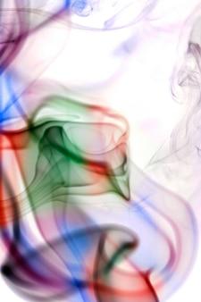 Collecte de fumée sur fond blanc