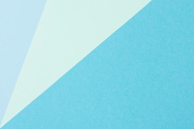 Collection de feuilles de papier bleu pastel