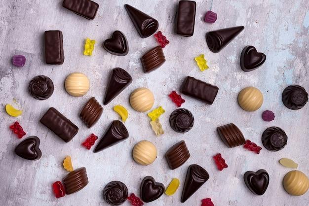 Collection de photos assortiment de bonbons au chocolat