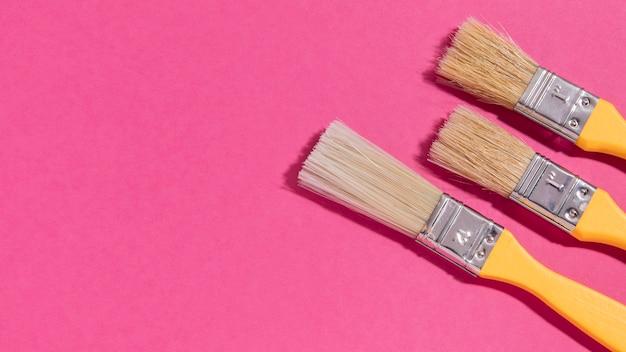 Collection de pinceaux avec copie-espace