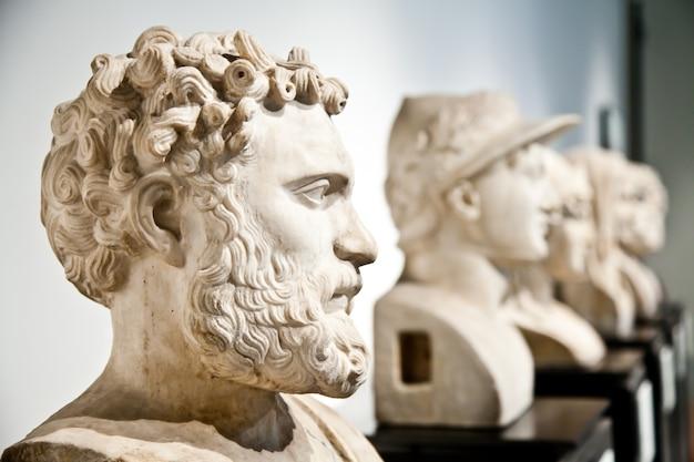 Collection de statues de modèle classique, naples, italie