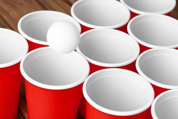 College party sport - bière pong