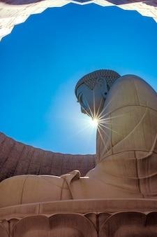 Colline de bouddha, l'une des destinations les plus populaires à sapporo, hokkaido, japon