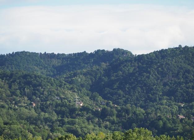 Collines du piémont près de turin