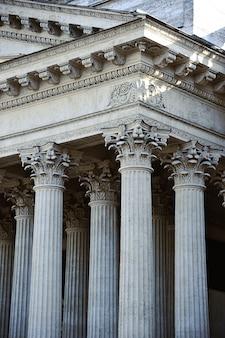 Colonnade de la cathédrale de kazan