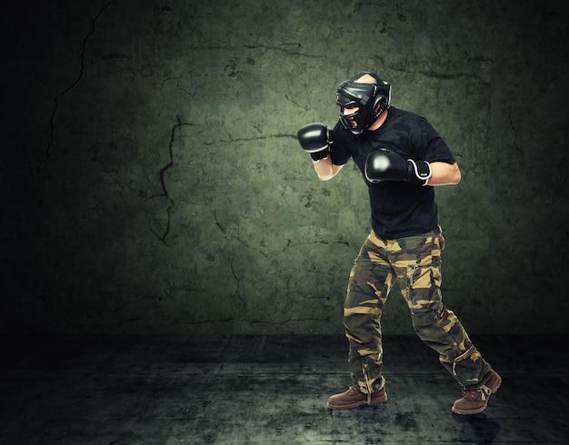 Combattant de krav maga