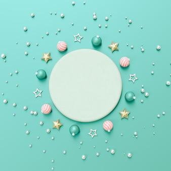 Composition 3d abstraite avec forme géométrique pour l'affichage du produit. fond d'hiver de noël.
