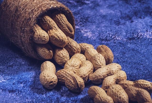 Composition de cacahuètes servant à faire de l'huile, beurre de cacahuète.