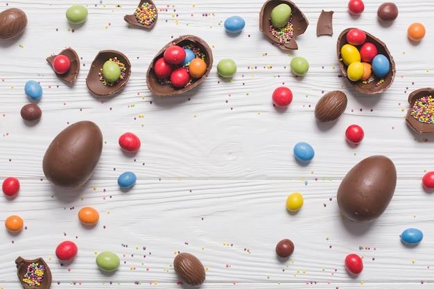 Composition délicieuse de bonbons de pâques