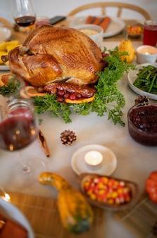 Composition d'un délicieux dîner de thanksgiving