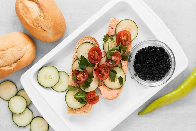 Composition de délicieux sandwichs repas