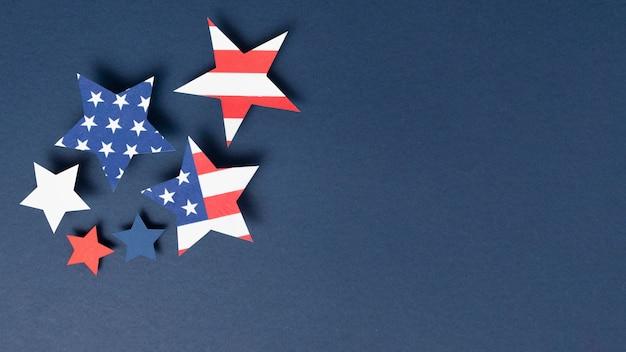 Composition de la fête de l'indépendance avec des éléments festifs