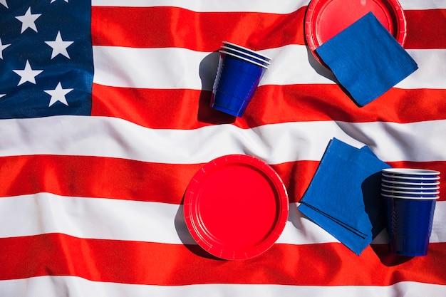 Composition de la fête de l'indépendance avec fond