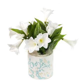 Composition avec fleurs artificielles