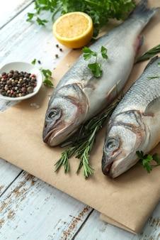 Composition de fruits de mer délicieux à angle élevé