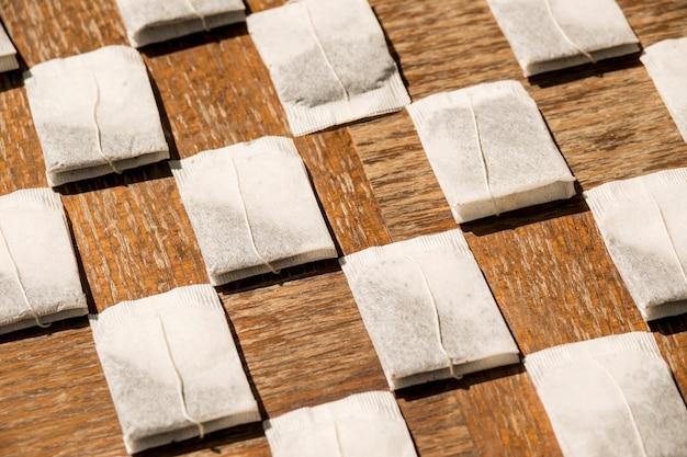 Composition géométrique de sachets de thé