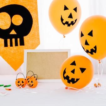 Composition d'halloween avec des ballons