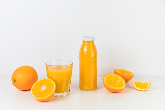 Composition de jus d'orange frais