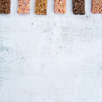 Composition moderne d'aliments sains avec du chocolat