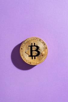 Composition de natures mortes avec crypto-monnaie