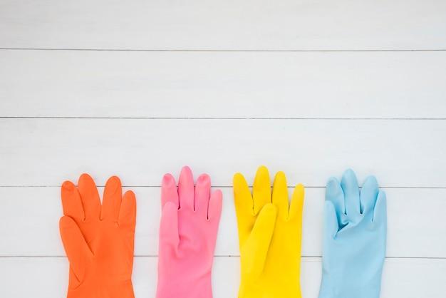 Composition de nettoyage à plat avec fond