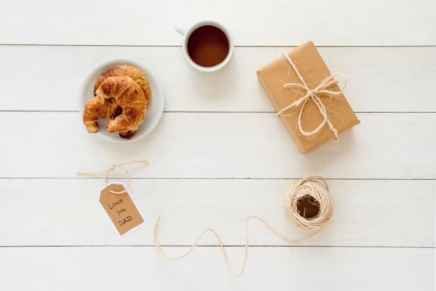 Composition d'objets différents pour la fête des pères