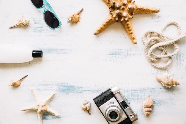 Composition d'objets d'été