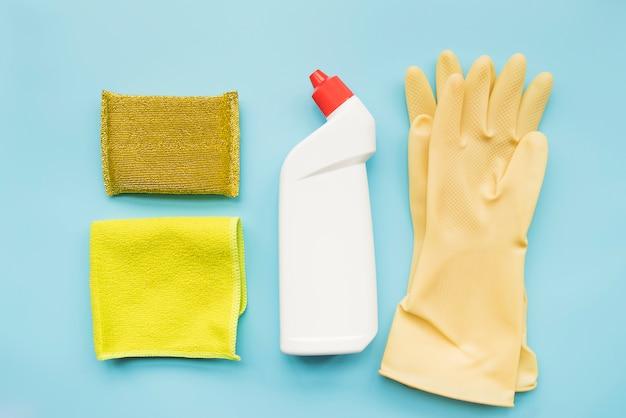 Composition d'objets de nettoyage