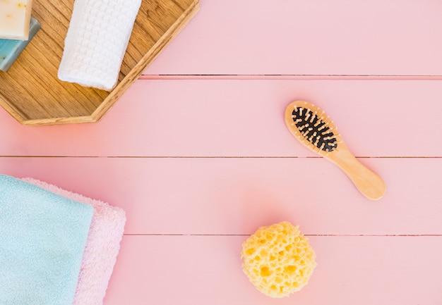 Composition d'objets de salle de bain ou de spa