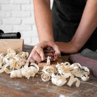 Composition d'outils d'artisanat du bois