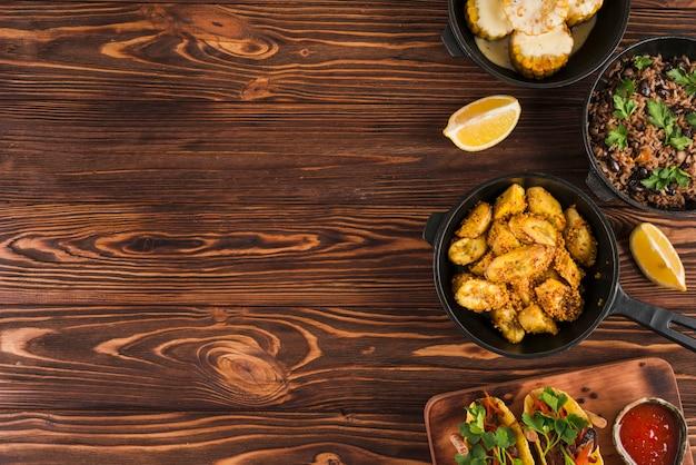 Composition de plats mexicains plat laïques avec fond