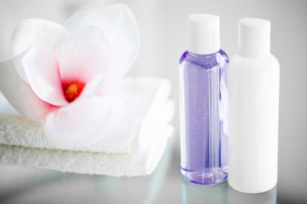 Composition de produits cosmétiques de cure thermale.