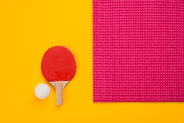Composition de sport moderne avec des éléments de ping-pong