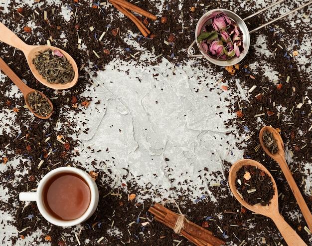 Composition vue de dessus pour le concept de thé