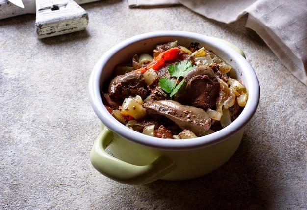 Compote de foie de poulet aux légumes