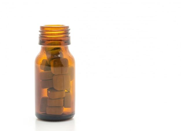 Comprimés, médicaments, pharmacie, médecine ou médical sur fond blanc