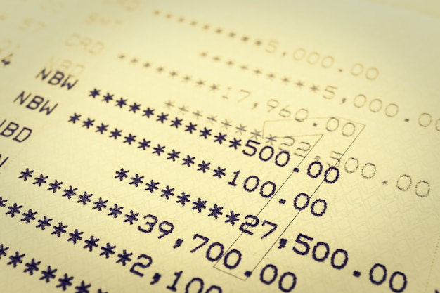 Compte bancaire sur le revenu de la dette de papier