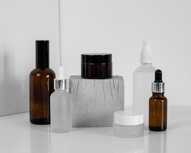 Compte-gouttes d'huile pour la peau et récipients de crème pour le visage