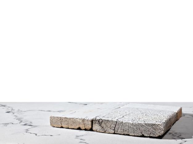 Comptoir en marbre avec comptoir de cuisine sur blanc isolé