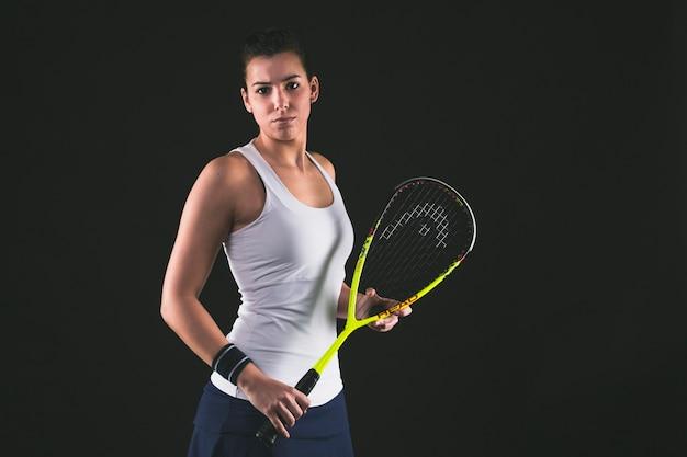 Concentré de squash joueur pose