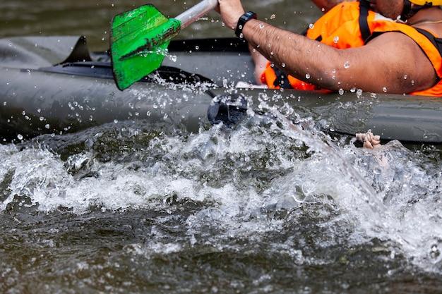 Concentrer une partie du rafting sur la rivière