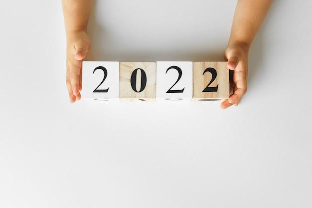 Concept de l'année 2022. numéros 2022 sur papier, vue du dessus