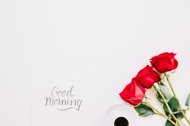 Concept de bonjour avec des roses