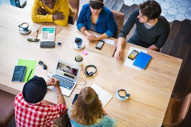 Concept de café de travail de bureau de planification d'idées de créativité