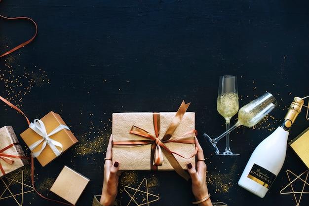 Concept de célébration avec une boîte cadeau