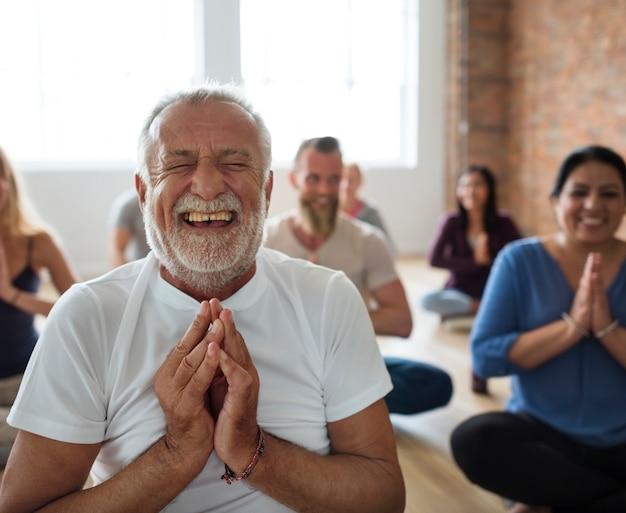 Concept de classe de yoga