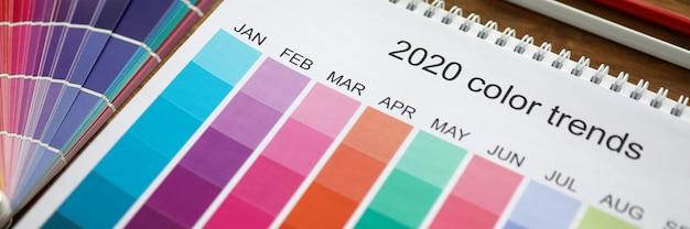 Concept de couleur tendance mois calendrier sélection