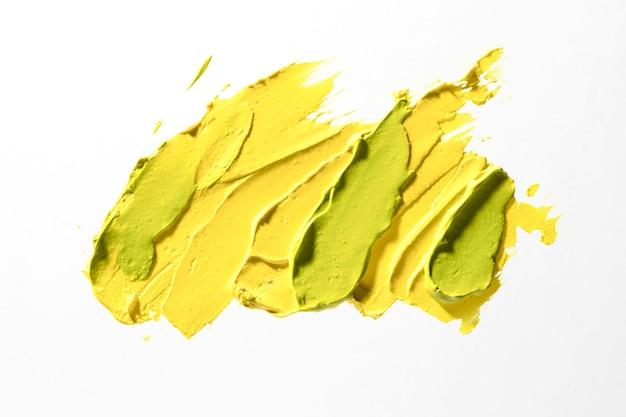 Concept de coup de pinceau jaune