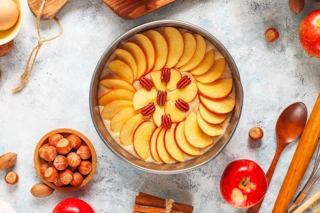 Concept de cuisson de la tarte aux pommes automne